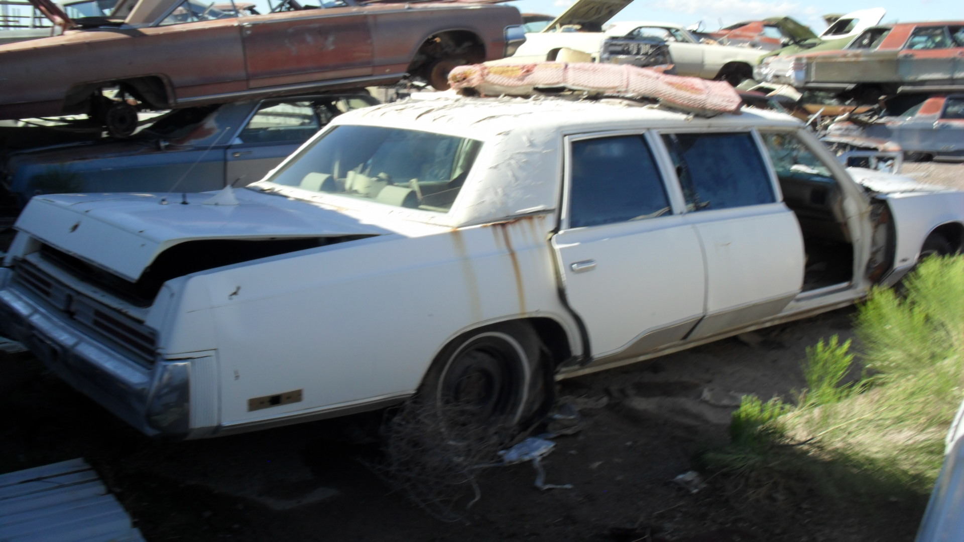 Buick T Type Parts - 1975 Chrysler New Yorker (#75CR9932D) | Desert Valley Auto ...
