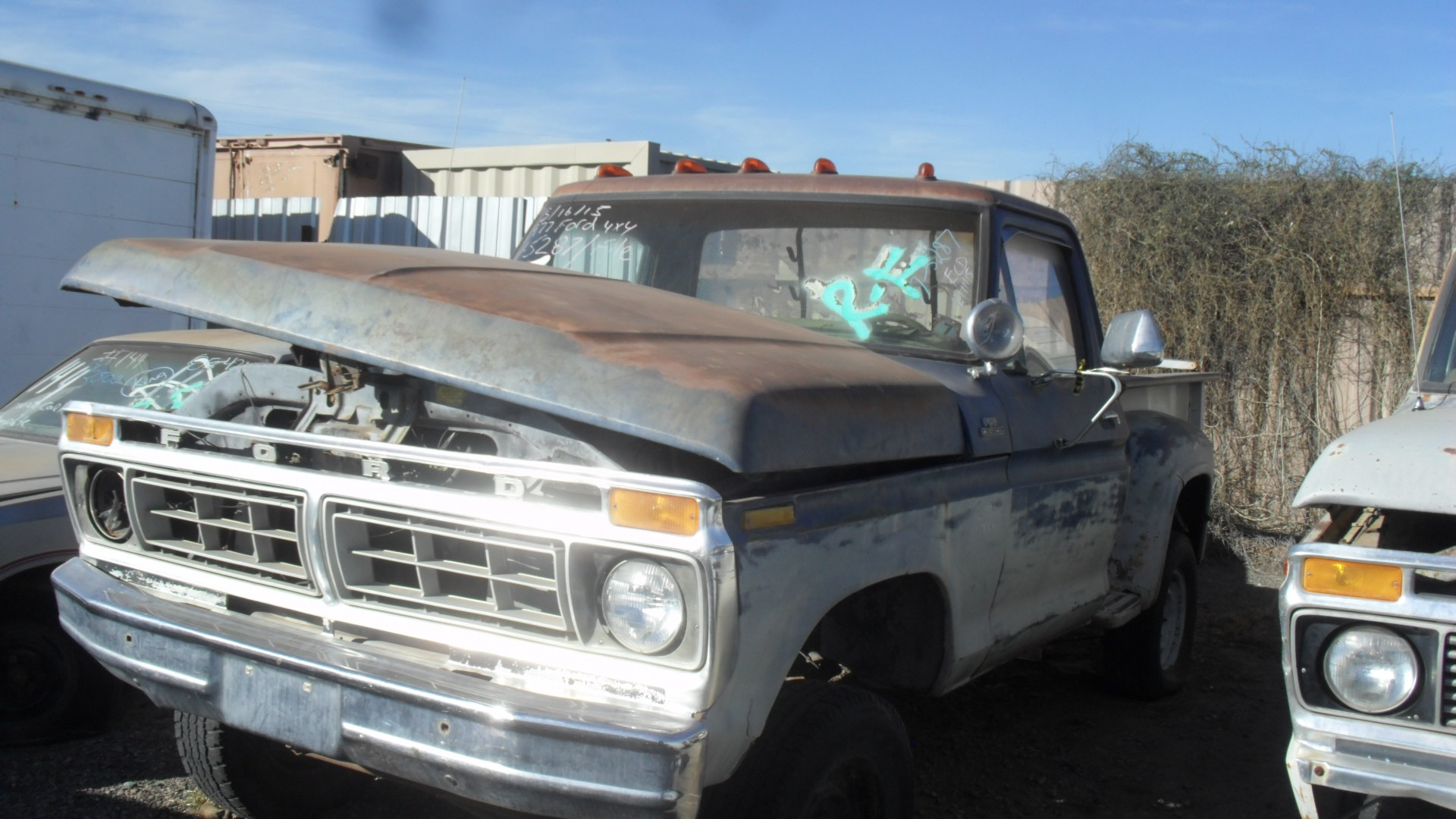 1977 Ford F150 4WD Short Bed Stepside (#77FO5287D) | Desert Valley Auto Parts