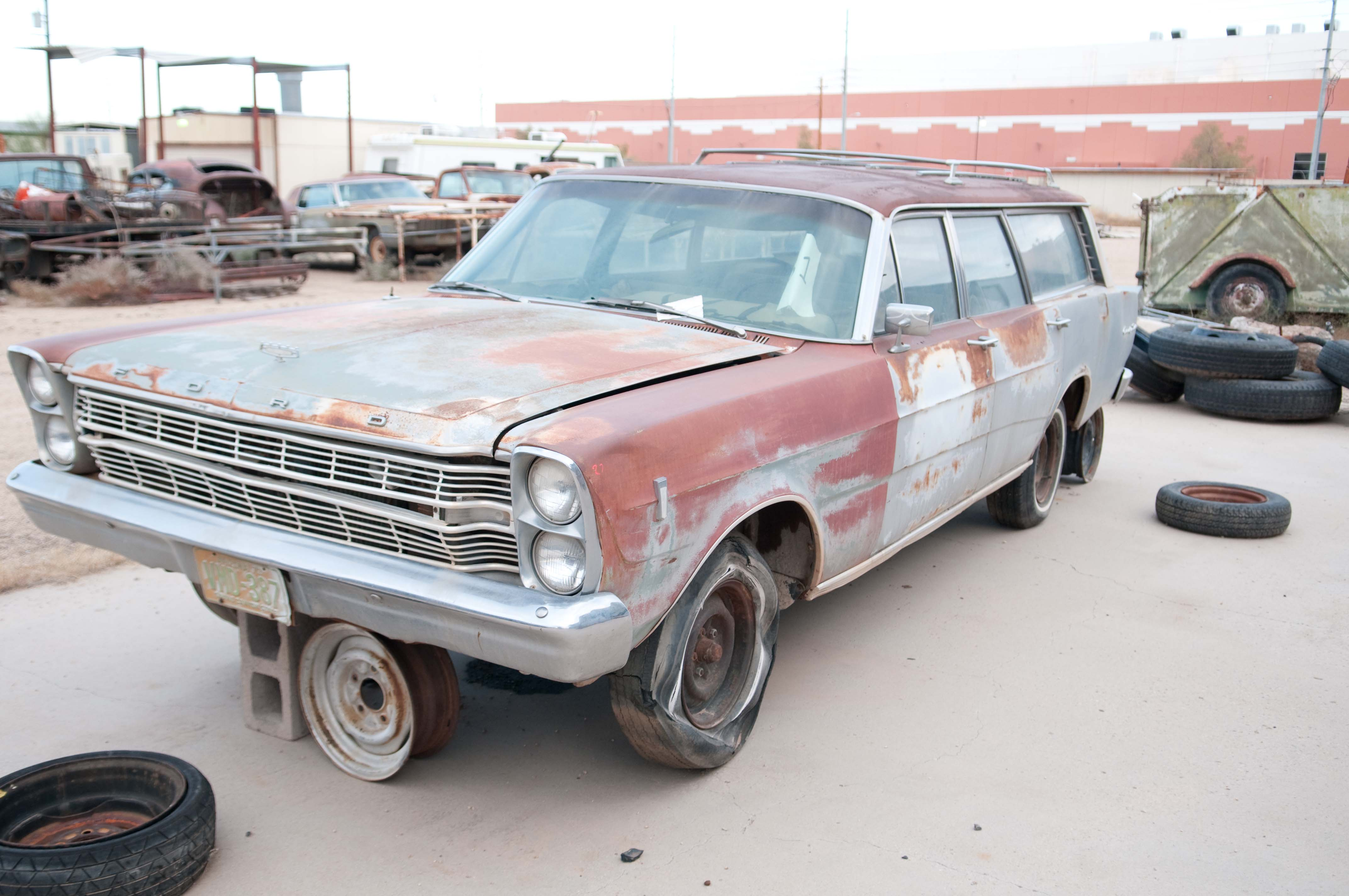 1966 ford country squire - photo #9