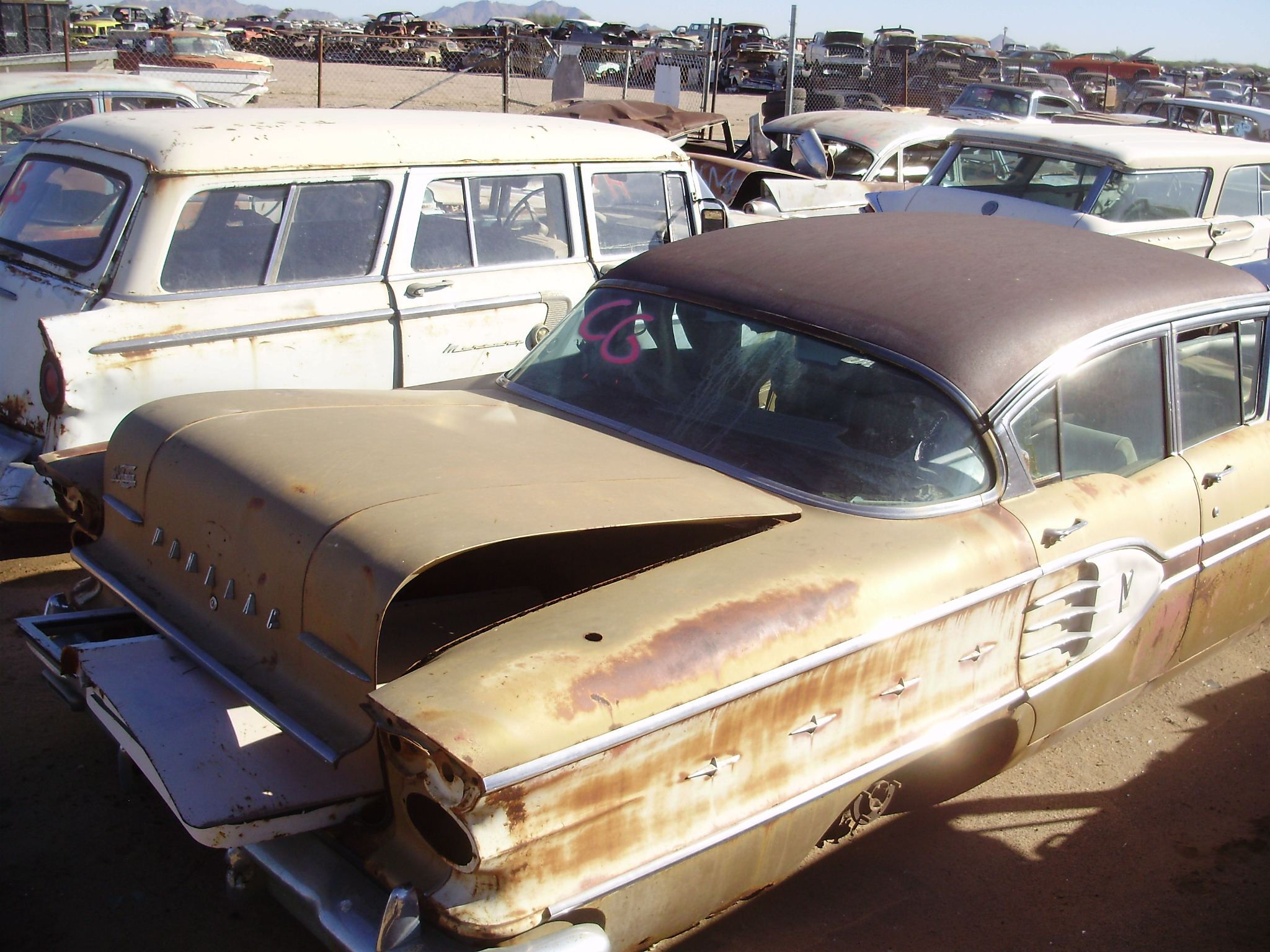 Salvage Cars For Sale >> 1958 Pontiac Star Chief (#58PO0485C) | Desert Valley Auto Parts